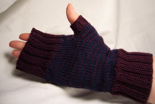Fingerless Mitts unrolled