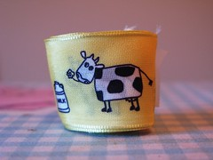 cows_yellow (redcleo) Tags: yellow milk cows ribbon wiredribbon jcarolinecreative