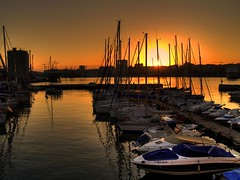 ATRAQUES AL SOL (costadelsol59) Tags: sunset boats spain barcos photos pics puestadesol ropes malaga costadelsol59