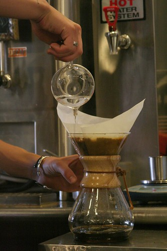 pouring the chemex