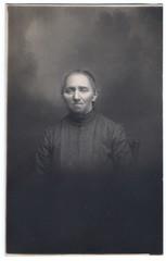 Creepy granny (youthless) Tags: old photo creepy 1900 granny ottobre