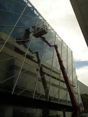 Schuhstrae (hmboo Electrician and Adventurer) Tags: newyorker giraffe teleskop steiger arbeitsbhne