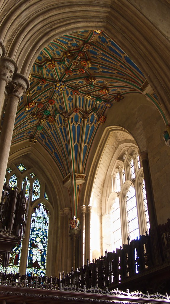 A Tour through Winchester Cathedral