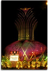 The Grand Lisboa Of Macau (Mr. FRANTaStiK) Tags: china longexposure lights hotel nightscape nightshot casino slowshutter macau neonlight principality travelphoto grandlisboa casinohotel nighstshot fongetz francistan
