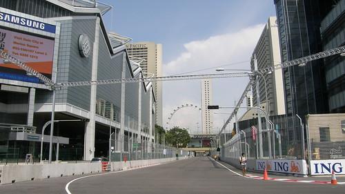 09.著名的Raffles Boulevard!