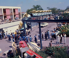 HemisFair '68 Monorail Accident (BOB WESTON) Tags: monorail sanantoniotexas hemisfair trainaccident hemisfair68