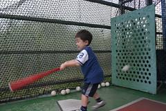 大魯閣: Ryan自己打棒球
