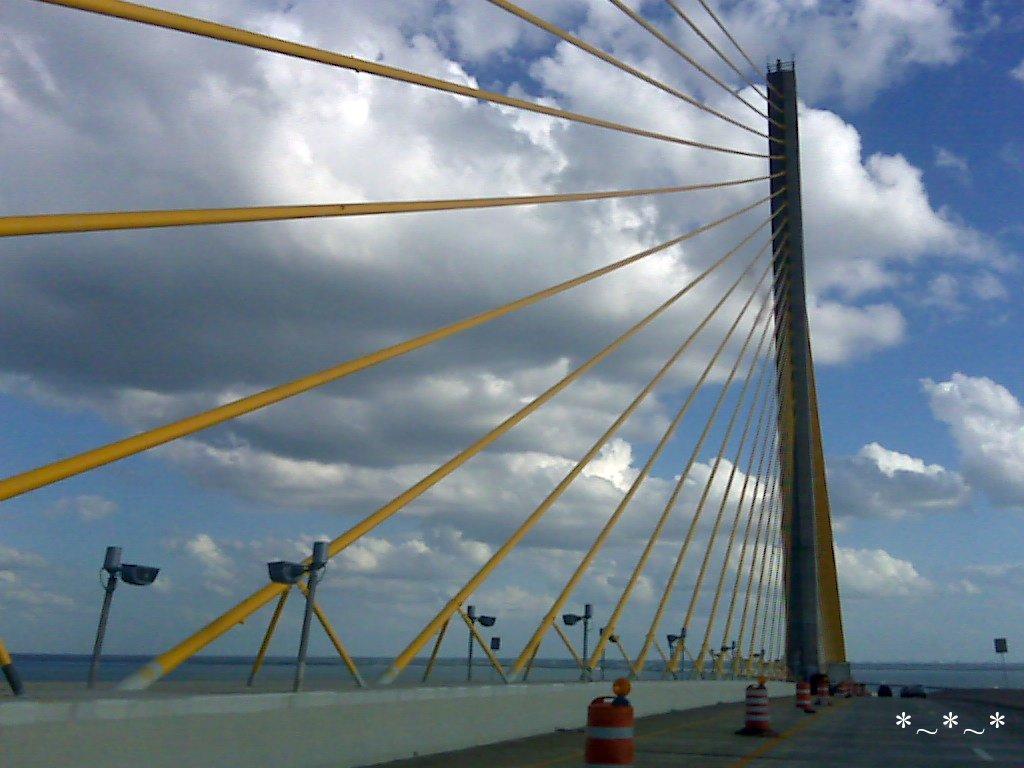IMG01537-Sunshine-Skyway-Saint-Petersburg-Tampa-Bay-Florida-10-20-2008