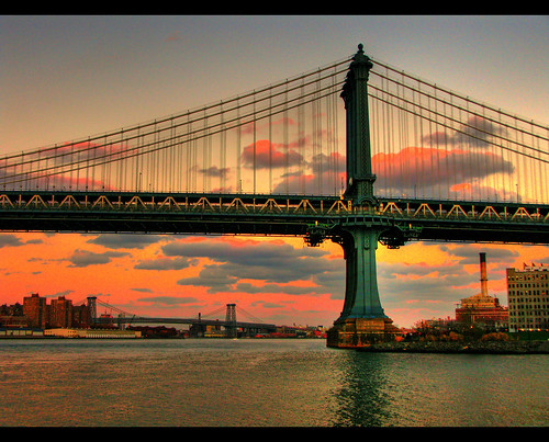Manhattan Bridge [Photo by Scott Hudson] (CC BY-SA 3.0)
