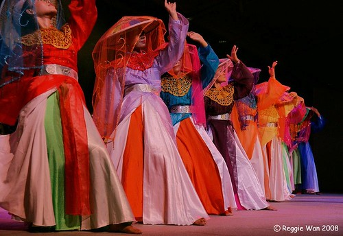 Malay cultural dance at The Esplanade Singapore 15