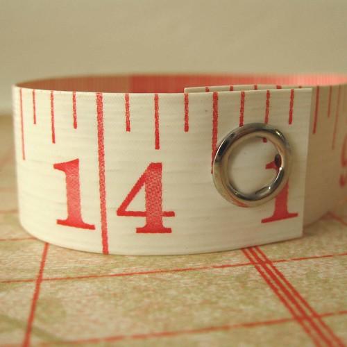 tm bracelet-white&red-5