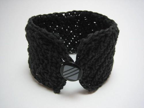black cuff_img_2008