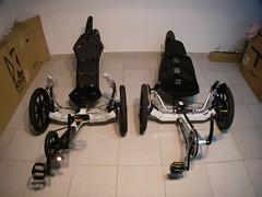 KMX Karts ST e Tornado lada a lado