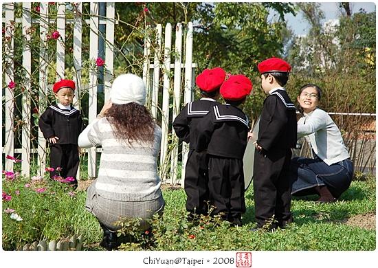 [台北]偶遇。歌唱童聲(2008士林官邸菊展)