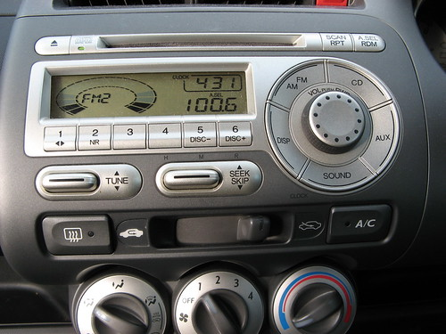 Honda Jazz car stereo is designed for Usability