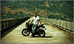 Love @ First Sight (flickrohit) Tags: india black bike dam motorbike motorcycle yamaha rohit loveatfirstsight temghar fz16 rohitgowaikar