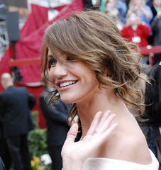Oscar Red Carpet, Cameron Diaz (Pulicciano) Tags: pictures california red woman celebrity beautiful carpet losangeles oscar glamour theatre cameron hollywood actress paparazzi awards elegant academy diva redcarpet diaz hollywod digitalcameraclub pulicciano