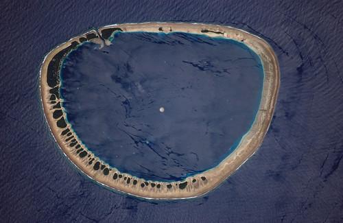 Atolón Nukuoro (Micronesia) - copyright NASA