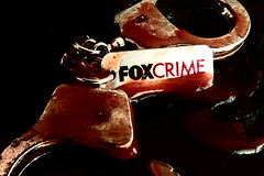 FOX CRIME Handcuff
