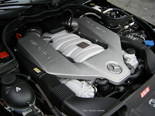 6.3 V8