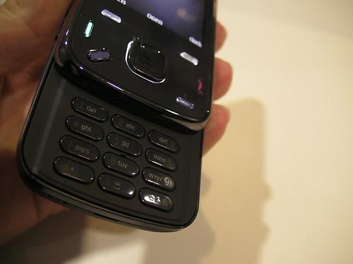Nokia N86 Keys
