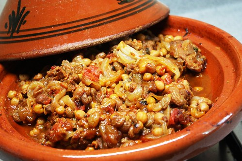 beef, chickpea and raisin tagine