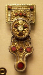Anglo-Saxon Kentish brooch 6c (Kotomi_) Tags: museum brooch craft jewelry jewellery historical british archaeological period anglosaxon kentish