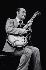 Joe Pass (Tom Marcello) Tags: photography guitar jazz jazzmusicians jazzplayers joepass jazzphotos jazzphotography jazzphotographs tommarcello