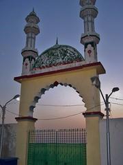 Koh-e-Murad, Turbat, Balochistan, Pakistan - March 2008 (SaffyH) Tags: pakistan muslim islam religion balochistan kech 5photosaday turbat mekran kohimurad syedmuhammadjanpuri kohemurad zikris photosandcalenda