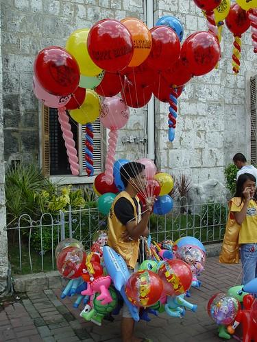 street peddler baloon philippines boy