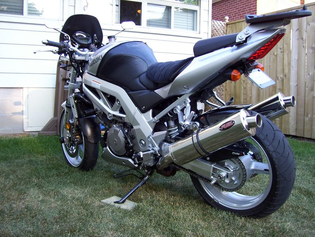 """2003 Suzuki SV1000S -- """"streetfightered"""""""