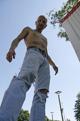 Jeanshunk_3127 (picman1108) Tags: man male belt chest hunk crotch jeans levis bulge cutoff