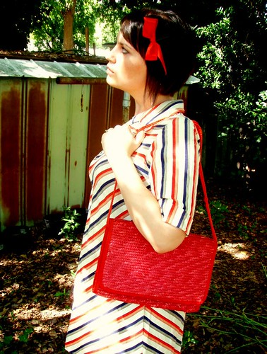 red straw purse
