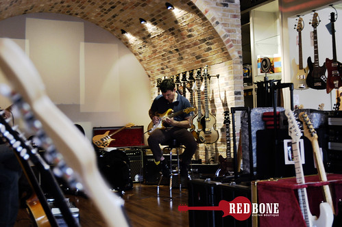 David Gray: Redbone Guitar Boutique