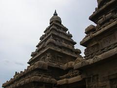Mahabalipuram Shore Temple (vinikon1) Tags: india temple chennai tamilnadu mahabalipuram mamallapuram pallava shoretemple stonearchitecture vimana