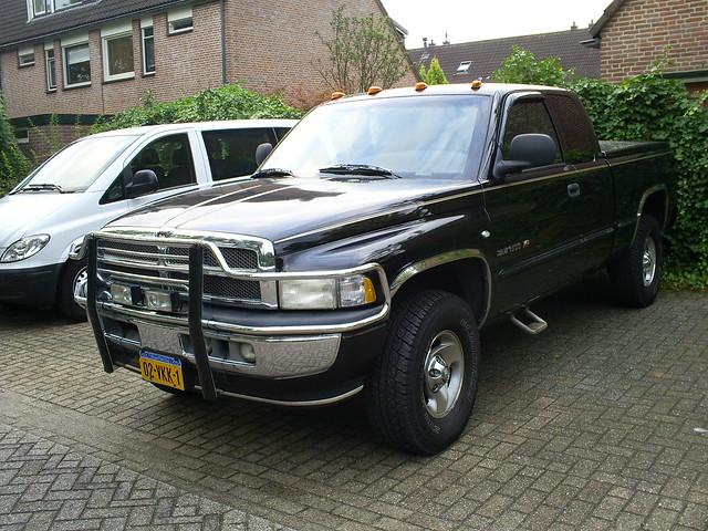 1999 dodge ram 1500 leusden