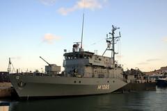 M 1065 DILLINGEN (ibzsierra) Tags: sea boat mar marine barco ship barcos vessels deutsche minehunter