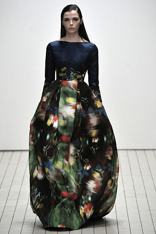 erdem fall ready to wear floral dress