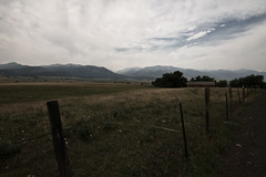 Hells Canyon (#73 of 80) (absencesix) Tags: travel sky usa nature weather architecture clouds oregon buildings iso100 nationalpark unitedstates fences july noflash valley northamerica farms 1020mm 2008 scrub locations locale 10mm hellscanyon manualmode canoneos30d camera:make=canon exif:make=canon exif:iso_speed=100 geo:state=oregon july292008 objectsthings naturallocale summer2008travel sigmaexdg10204056 haslenstype hellscanyon0727292008 hellscanyonnationalpark hellscanyonvalley selfrating3stars exif:focal_length=10mm 1100secatf16 geo:countrys=usa exif:lens=100200mm exif:model=canoneos30d camera:model=canoneos30d exif:aperture=16 subjectdistanceunknown geo:city=hellscanyon hellscanyonoregonusa