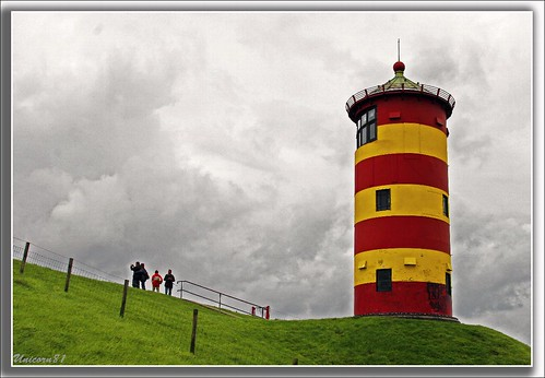 Leuchtturm von Pilsum / Nordsee / Ostfriesland *** Lighthouse of Pilsum / the North Sea / East Friesland / Germany