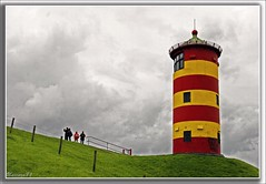 Leuchtturm von Pilsum / Nordsee / Ostfriesland *** Lighthouse of Pilsum / the North Sea / East Friesland / Germany (unicorn 81) Tags: red lighthouse color rot germany geotagged deutschland colorful europa europe ostfriesland nordsee germania leuchtturm norddeutschland mapgermany northerngermany pilsum niemcy saksa views100 ottowaalkes theunforgettablepictures architekturdeutschland unicorn81