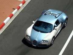 Bugatti Veyron (Nicars-06) Tags: auto road street sea sun macro cars car square photo reflex nice nikon automobile photographer photographie place top forum sigma cte grace voiture casino monaco exotic carlo autos monte nikkor dslr marques supercar automobiles gp afs voitures exotics supercars princesse grimaldi dazur 70300 formule 18135 d80 autogespot