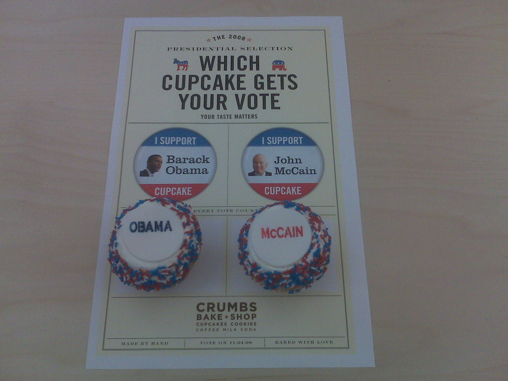 Crumbs Obama and McCain cupcakes