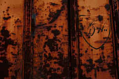 Rusty D&H (All Seeing) Tags: exotic roadsigns retired boxcars railart delawarehudson thedh