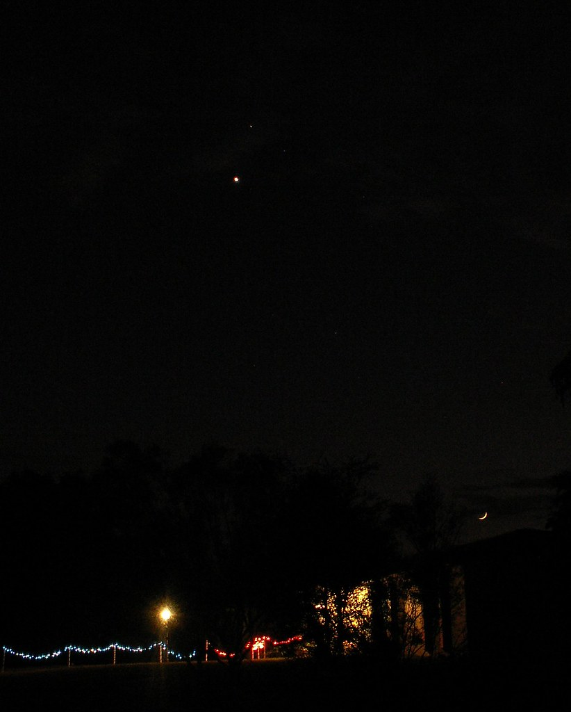 Jupiter, Venus, and Moon, 29 Nov. 2008