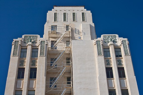 Luhrs Tower