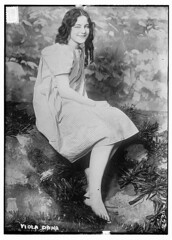 Viola Dana  (LOC) (The Library of Congress) Tags: bw woman feet girl pretty sitting dress dana gingham sit barefoot actress actor libraryofcongress seated darkhair violadana xmlns:dc=httppurlorgdcelements11 silentpictures thatcertainthing dc:identifier=httphdllocgovlocpnpggbain12473 virginiaflugrath