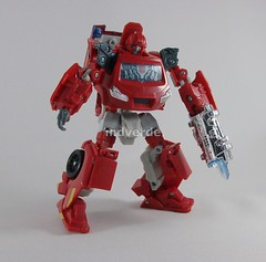 Transformers Ironhide Classic Henkei - modo robot (by mdverde)