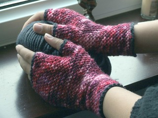 Double Crochet Fingerless Gloves Free Pattern : Ravelry: Firecracker Gloves pattern by Ria Saakshi