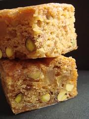 Vegan Pear Ginger Pistachio Blondie
